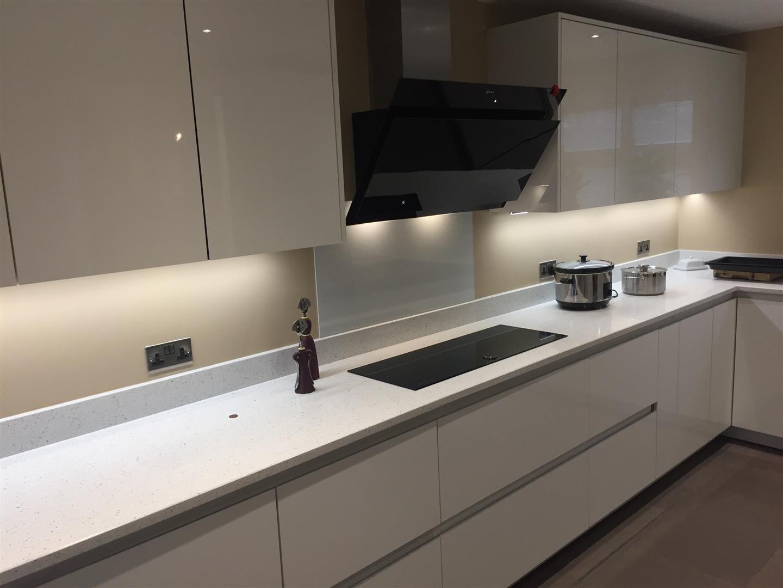 Contemporary German Handleless Kitchen with Peninsula - Priorslee, Telford