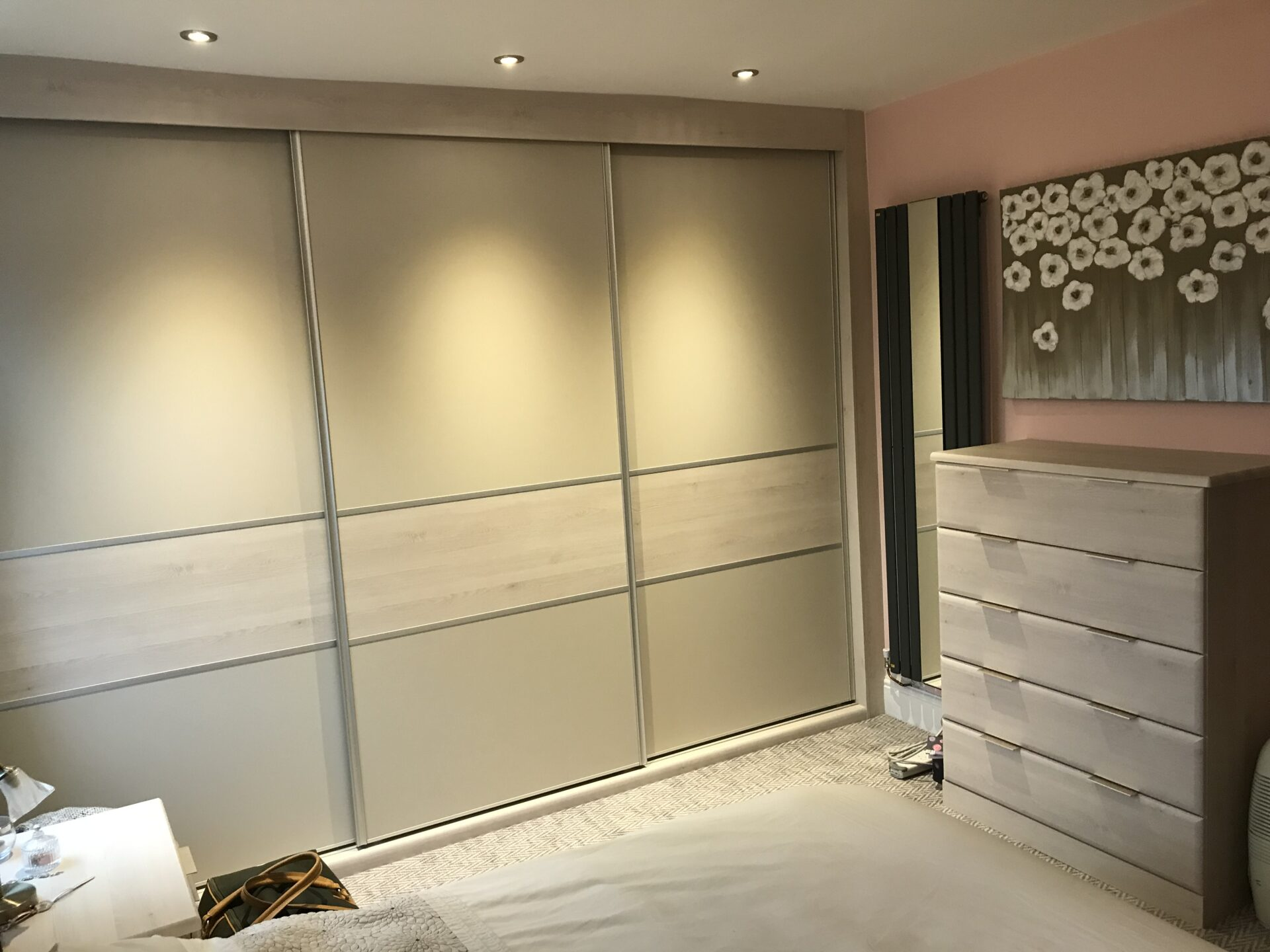 Fitted Bedroom Sliding Wardrobe - Hepplewhite Cashmere with Mid Band