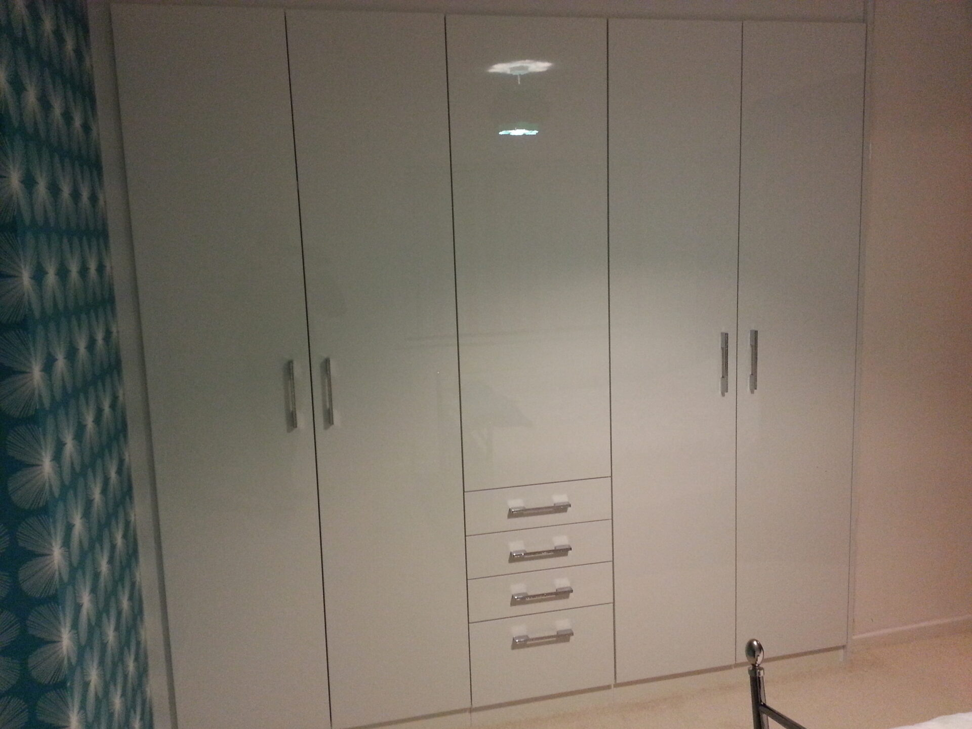 Fitted Wardrobe Hinged Doors - Ultra Gloss White